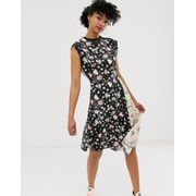Cheap Monday organic cotton roses are dread mixed print dress